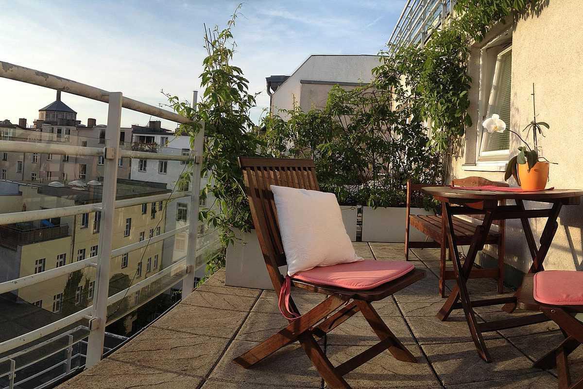 1 km zum alex wohnung prenzlauer berg ferienwohnung berlin. Black Bedroom Furniture Sets. Home Design Ideas