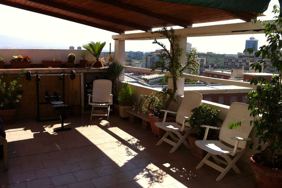 Rooms in Penthouse with Terrace - Private room - Cagliari