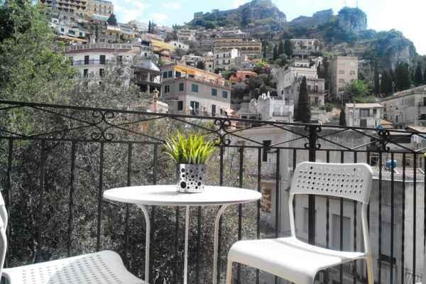 Taormina Ferienwohnung ferienwohnung taormina ferienhaus apartment günstig privat mieten