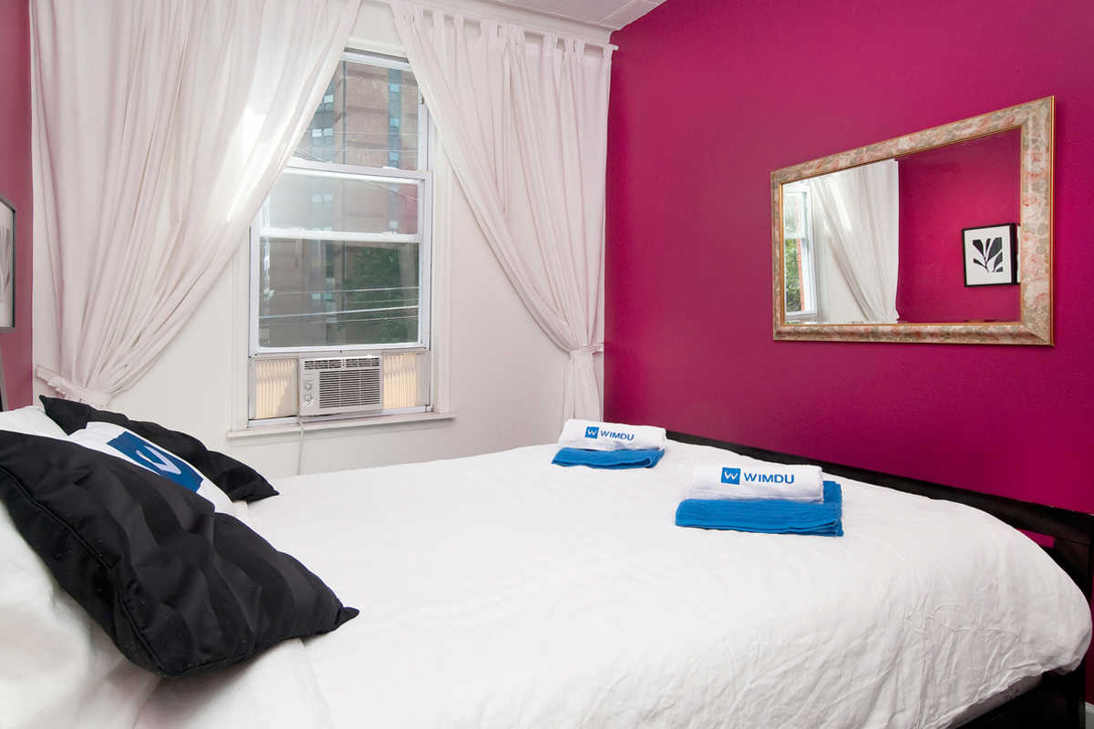 Modernes Zimmer in New York (Red Room) - Privates Zimmer - Union ...