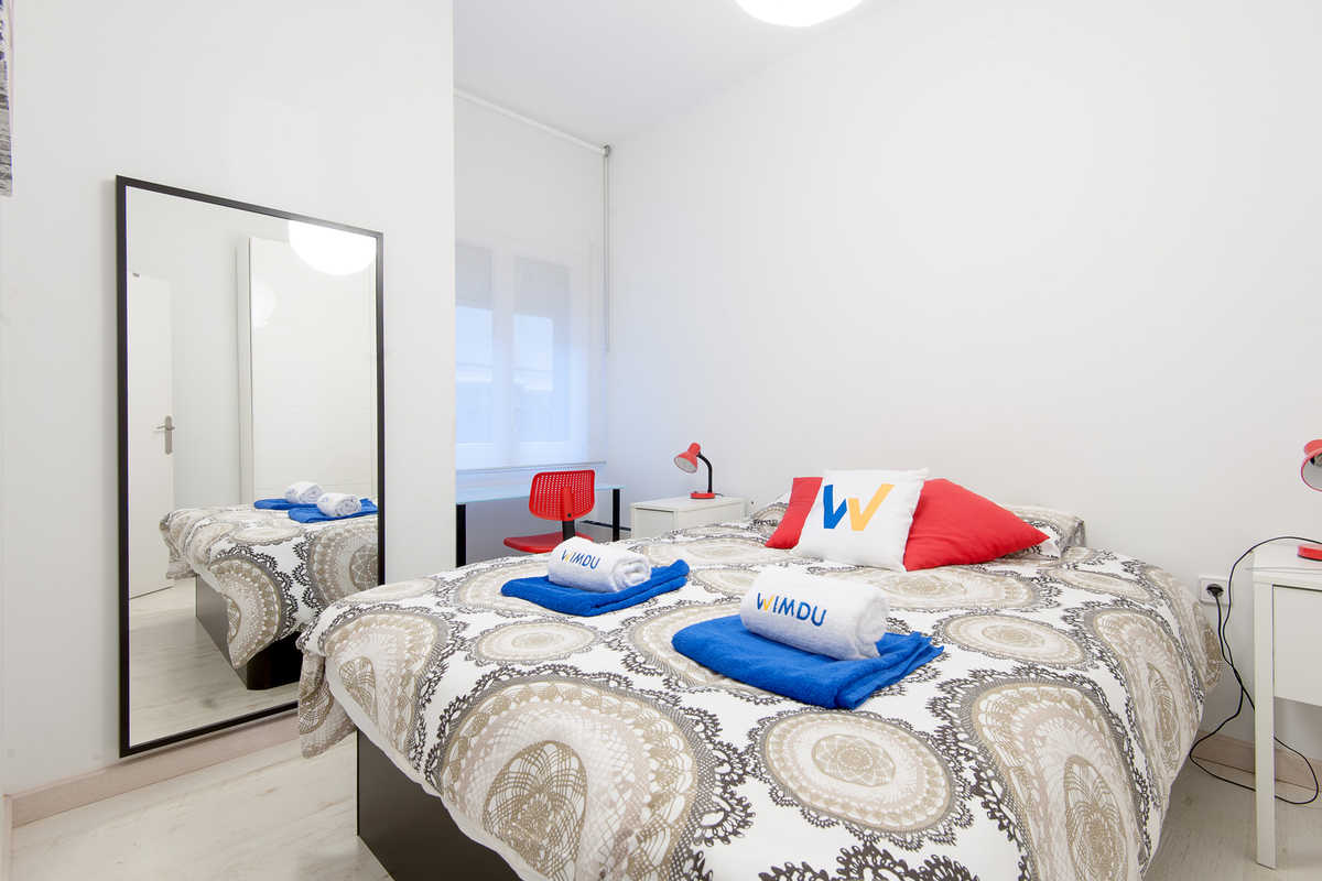 Bright Apartment Near Parc G Ell Apartment Barcelona # Muebles Fuhr Esperanza