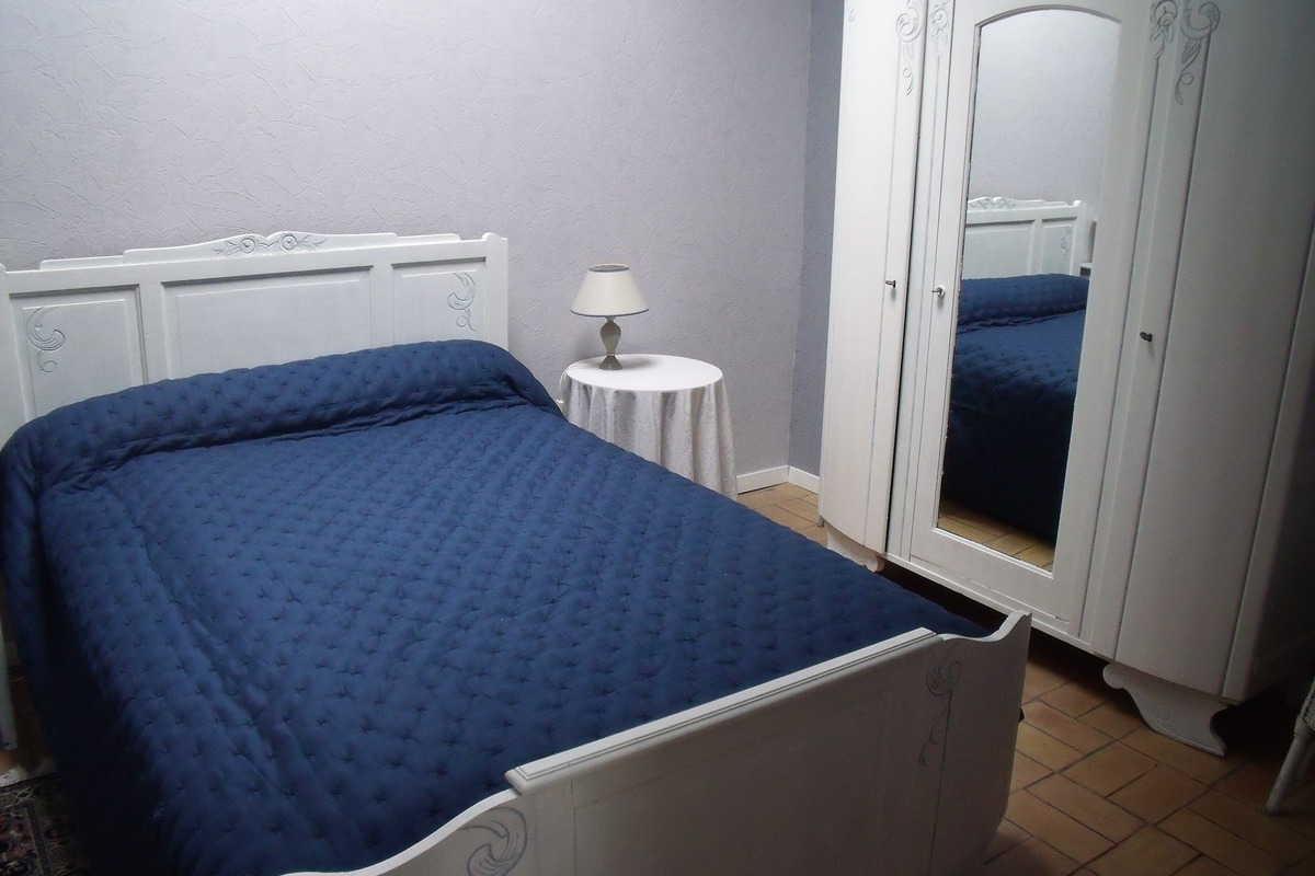 Habitaci n con desayuno piscina y patio habitaci n privada burdeos - Habitacion piscina climatizada privada ...
