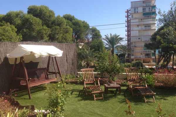 Alquiler de apartamentos vacacionales en el campello for Camping el jardin en campello